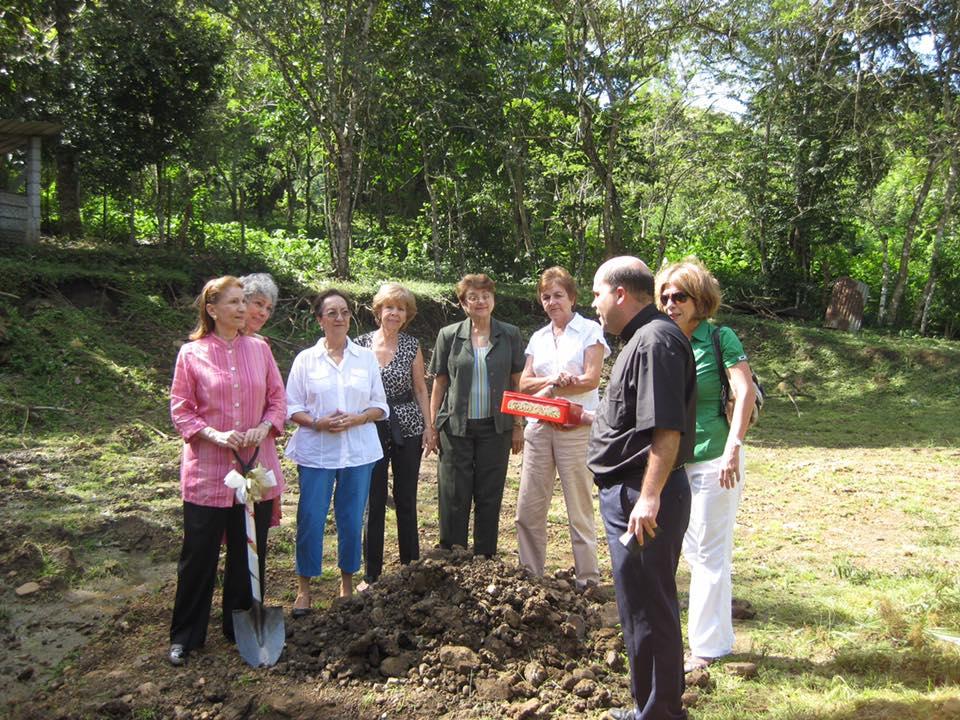 1er pabellón de educación Maternal: Escuela Primaria San Pedro Nolasco, en Burunga