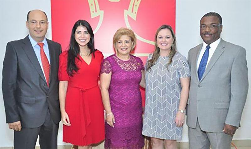 La Caravana de Asistencia Social, Damas Diplomáticas y Panameñas presenta resúmenes de contribuciones